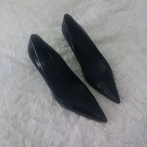 Burberry POINTED HEELS